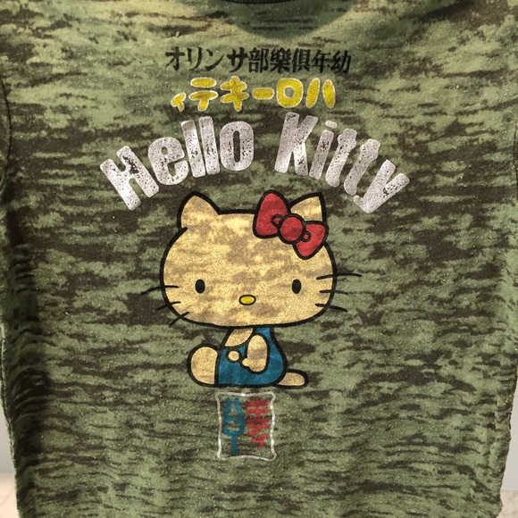 c328c50bf5777 Hello Kitty Shirts   Tops